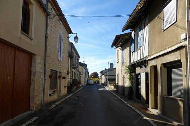 Comment voyons-nous nos rues, nos bâtiments, leurs qualités, leurs faiblesses ?...|Photo © Jean-Paul Epinette - icimedia@free.fr