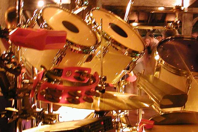 Music'halle, un concert gratuit le dimanche matin, sous la halle...|Photo © jean-Paul Epinette - icimedia@free.fr