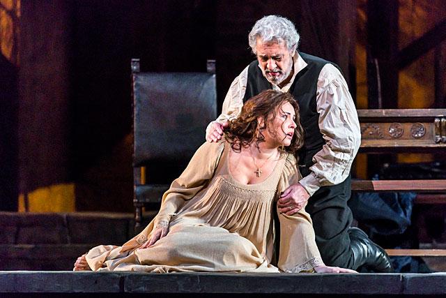 Sonya Yoncheva et Plácido Domingo dans Luisa Miller de Verdi. |Photo Met Opera New York.