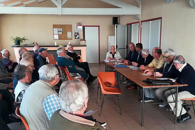 Les adhérents villeréalais de la Fnaca au cours de la réunion. Photo © Pierre-Antony Epinette - icimedia@free.fr