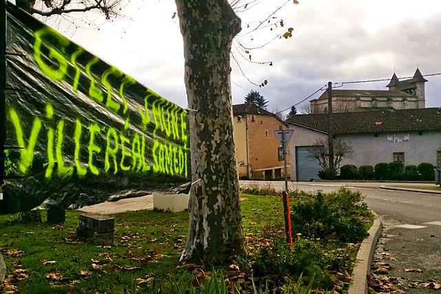 Dans le concert de protestations, les Villeréalais aussi veulent se faire entendre...|Photo © jean-Paul Epinette - icimedia@free.fr