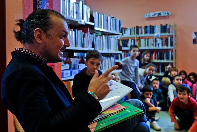 Les écoliers villeréalais ont rencontré Fabien Arca...|Photo © Jean-Paul Epinette - icimedia@free.fr