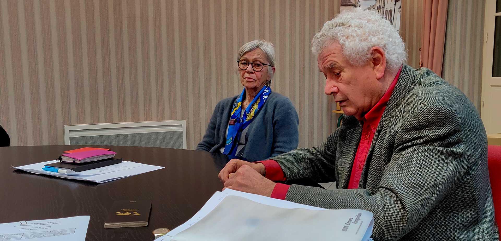 Pierre-Henri Arnstam transmettra son écharpe à Guillaume Moliérac, Françoise Laurière présidera cette première séance d'installation du conseil élu le 15 mars 2020...|Photo © Jean-Paul Epinette.