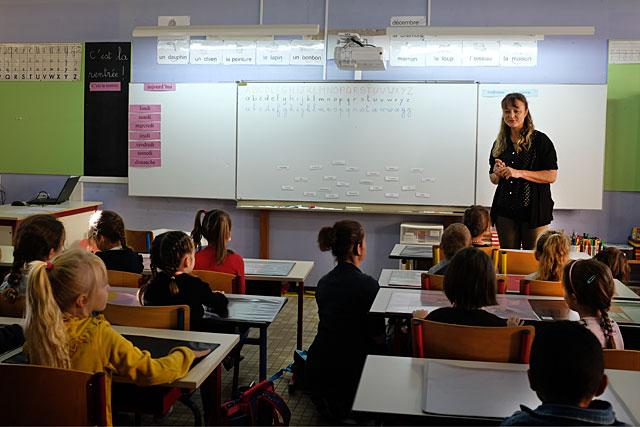 Une image que nous ne reverrons avant longtemps : la pandémie a dispersé nos repères, même à l'école...|Photo © Jean-Paul Epinette.