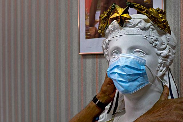 La municipalité de Villeréal veut obliger le port du masque dans les manifestations...|Photo © Jean-Paul Epinette.