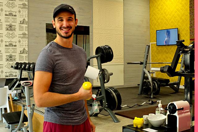Maxime Chéroux a voulu une salle de fitness au plus près des gens d'ici...|Photo © Jean-Paul Epinette
