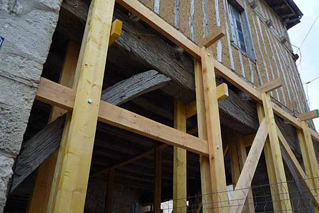 L'architecte n'intervient pas seulement sur les gros chantiers du patimoine... |Archives Jean-Paul Epinette